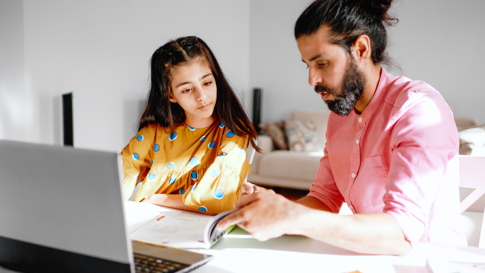 Great Ways For Dads to Connect Through Educational Support